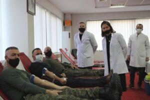 Filloi aksioni vullnetar i dhurimit të gjakut në Ministrinë e Mbrojtjes dhe FSK