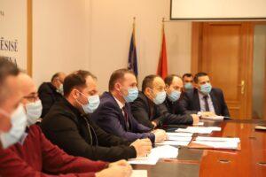 Zemaj kërkoi shkarkimin e Bordit të SHSKUK-së pas heqjes së këshilltarit të tij nga Komisioni vlerësues për drejtor