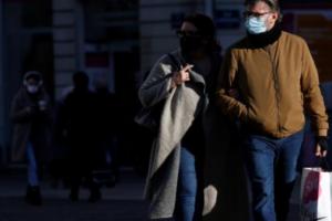 Rastet e reja të koronavirusit rriten në Francë, frikë për mbyllje të tretë kombëtare