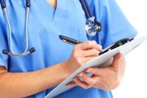 Vit jo i lehtë për infermierët në Kosovë