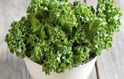Efektet pozitive të lakrës jeshile në organizëm