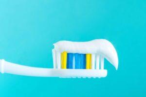 Mbroni veten nga COVID-19 me një higjienë të mirë orale