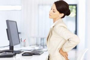 Disa arsyje shëndetësore pse nuk duhet të qëndrojmë ulur gjatë