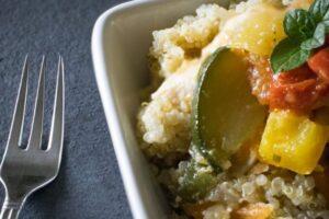 Pa gluten: Sallatë quinoa me brokoli dhe kungullesha