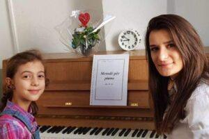 Riola Susuri, ylli në ngritje në piano