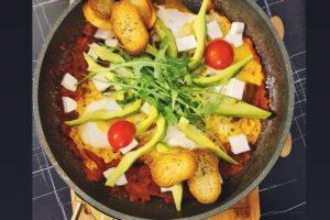 Si të gatuajmë recetën Shakshouka?