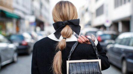Modeli më i thjeshtë i flokëve që ka pushtuar rrjetet sociale; si ta realizosh në pak minuta