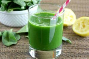 Niseni ditën me smoothien e gjelbër që ju jep shumë energji