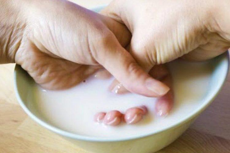 Kura me qumësht për duar të buta
