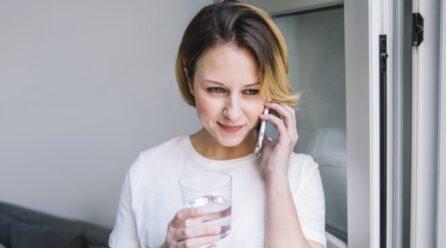 Lini përshtypje të mirë gjatë bisedës përmes telefonit