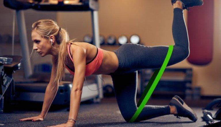 A duhet të stërviteni me stomakun bosh – ja çka duhet të dini