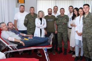 Në Ministri të Mbrojtjes dhe FSK fillon dhurimi vullnetar i gjakut