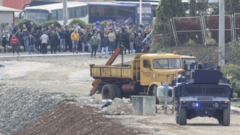 Drejtoresha e Spitalit të Mitrovicës jep detaje për të lënduarit gjatë aksionit në veri të Mitrovicës