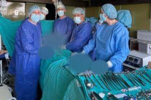 Kryhet një operacion i rrallë me sukses në QKUK
