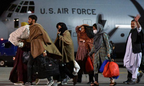 141 afganë që erdhën në Kosovë janë nisur për në ShBA