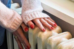 Cilat probleme shëndetësore mund të tregojnë duart e ftohta?
