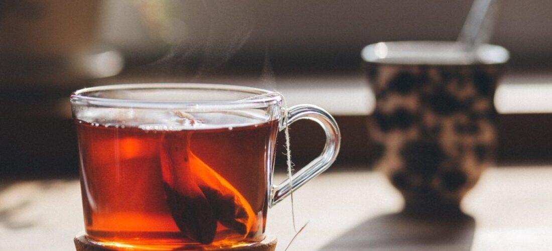 Nëse jeni ftohur nga ulja e temperaturave, këto 4 lloje çaji do ju ndihmojnë menjëherë